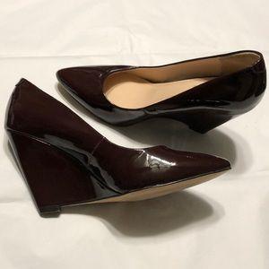 Pour La Victoire patent wedge shoes